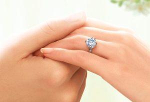 【福井市】婚約指輪はなぜダイヤモンドなの?