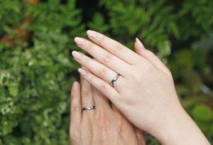 【浜松市】重ねて繋がるデザインの結婚指輪!愛の証をカタチにして♡