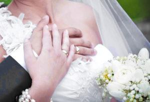 【浜松市】ボリューム感たっぷりの幅広の結婚指輪特集