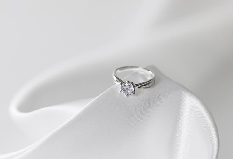 浜松で人気の婚約指輪を探す方法!人気ブランド・デザインには秘密あり
