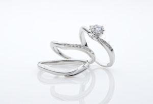 【静岡市】誕生石キャンペーン中!対象の婚約指輪・結婚指輪を選ぶと「誕生石無料セッティング」が付いてくる♡