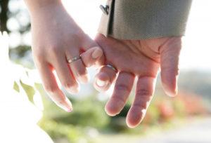 【大阪・心斎橋】シルバー色の結婚指輪♡選びたい素材は?