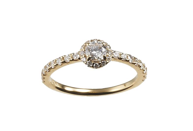 婚約指輪ゴージャス