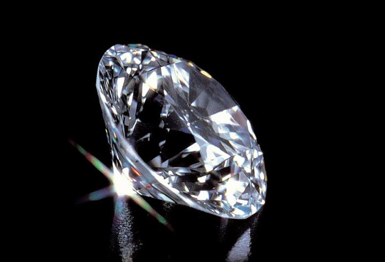 【大阪・なんば】ダイヤモンドのカットの違い