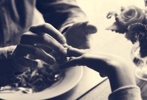 【浜松】結婚指輪が抜けなくなってしまいました。対処法と切断リングのその後