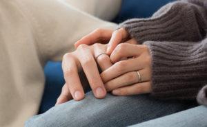 【静岡市】仕事柄 結婚指輪が着けられない!そんな問題を解決する二人だけのオリジナルリングとは?