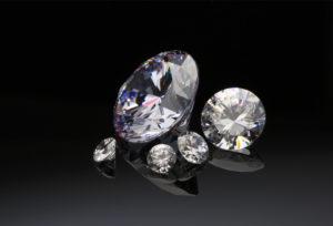 【富山市】メンテナンスが大事!ダイヤモンドのお手入れの仕方
