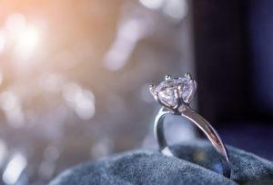 【福山市】当日持ち帰りOK!婚約指輪を探すサプライズ男子にオススメのエンゲージリング5選!