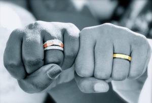 【和歌山・泉南】婚約指輪(エンゲージリング)、結婚指輪(マリッジリング)はプラチナ派?ゴールド派?後悔しない選び方。