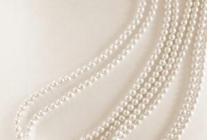 【大阪】岸和田で真珠のネックレスの取り扱い・パールの糸替えができるジュエリーショップは?