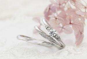 【静岡市】婚約指輪と結婚指輪を重ね付け!タイプ別で見るセットリングの選び方