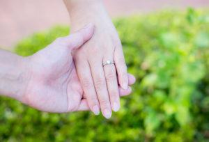 【浜松市】婚約指輪は必要なの?婚約指輪をいらないと思っていたカップルの体験談