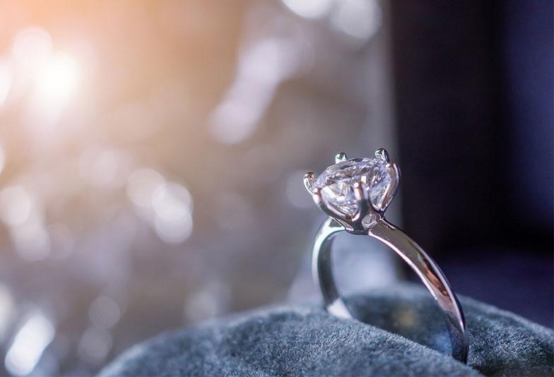 【広島市】プロポーズに婚約指輪は必要?あると嬉しい婚約指輪