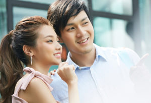 【静岡市】婚約指輪はふたりで選ぶ?ひとりで選びに行く?