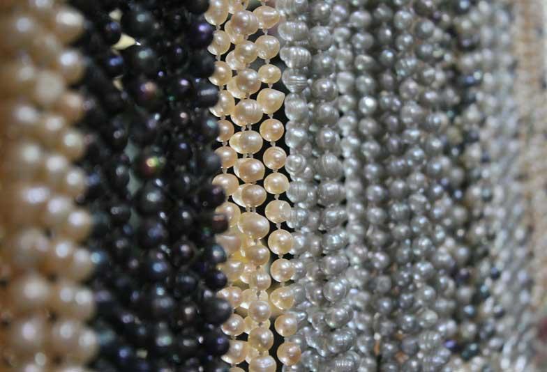 【大阪・心斎橋】真珠は大人の女性に必須!!年代にあった真珠のサイズとは?