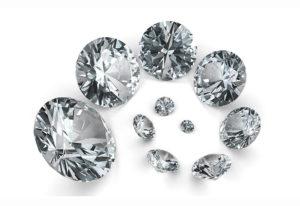 【浜松市】婚約指輪のダイヤモンドの大きさってどれくらい?ダイヤモンドはサイズが大事