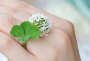 【福岡県久留米市】大切な瞬間を彩る「婚約ネックレス」が人気!