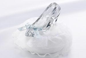 【泉州・岸和田市】ディズニー好きな方にオススメ!シンデレラの婚約指輪と結婚指輪
