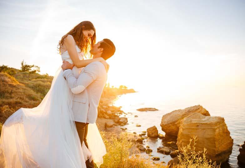 【富山市】結婚指輪をつけるタイミング!「結婚式後?」「入籍後?」