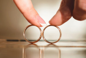 【浜松市】結婚指輪を購入した約90%の人が内側に刻印を入れている!