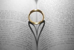 【福島市】結婚指輪の刻印メッセージ、ふたりの想いの証!