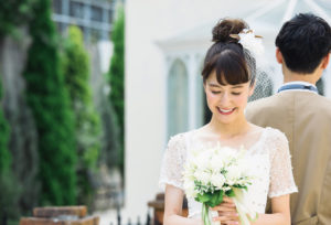 【福山市】プロポーズ大成功!彼女が喜ぶ婚約指輪 「人気ブランド」紹介してもらいました!