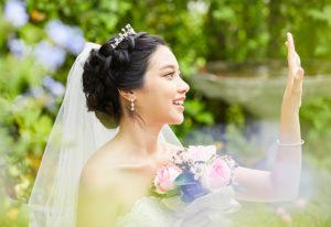【福山市】知って得する!婚約指輪と結婚指輪の重ね付けがもっと素敵になる極意とは??