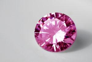 【金沢市】女性らしさ抜群のピンクダイヤについて、詳しく解説します♡