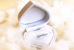 【石川県】小松市 どんな婚約指輪にもあわせやすいⅤ字の結婚指輪