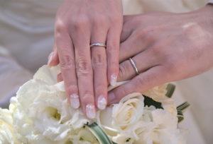【広島市】プラチナの結婚指輪が10万円から見つかる!おすすめショップ