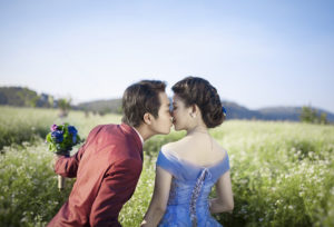 【浜松市】結婚のジンクス、サムシングブルーを叶えられる結婚指輪とは?