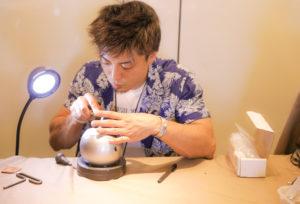 【大阪・堺市】ハワイアンジュエリーフェスタの時に手彫りのハワイアンジュエリーの結婚指輪と婚約指輪をオーダーしてきました!