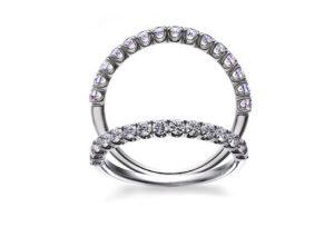 【金沢市】プロポーズに普段使いしやすい婚約指輪を贈りませんか?