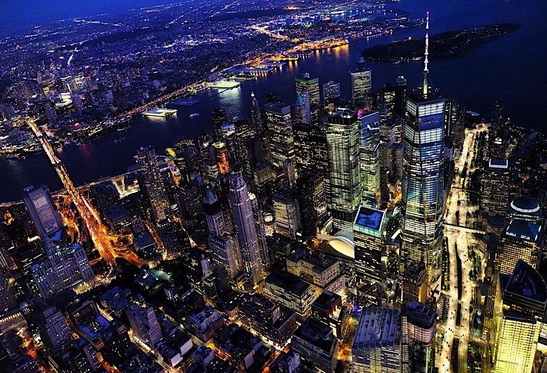 ニューヨークの街並み 夜景の画像