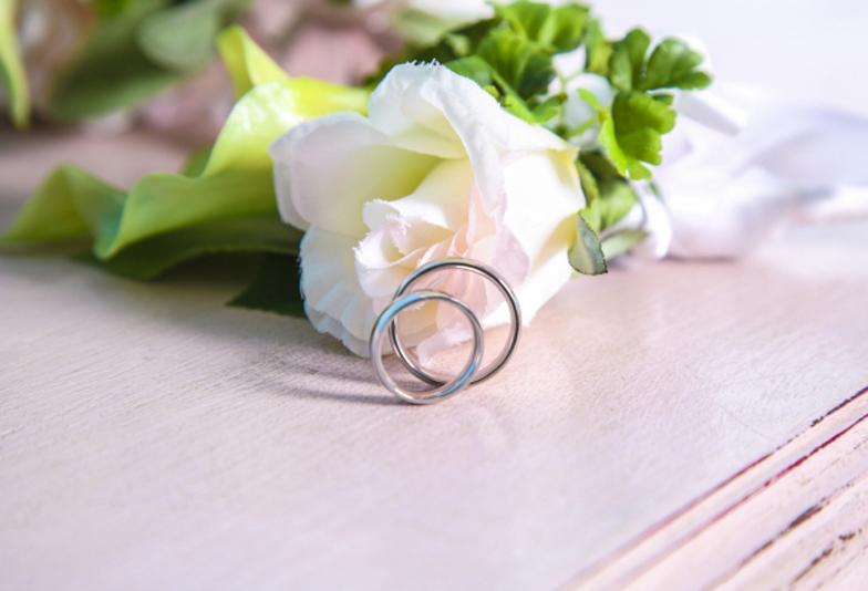 【大阪・梅田】結婚指輪の内側に誕生石をセッティング