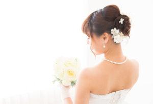 【浜松市】花嫁さまに贈る真珠ネックレス「調色真珠」と「無調色真珠」の違いとは?