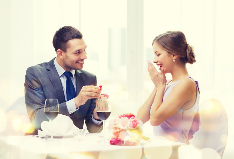【長岡市】まわりと差のつく婚約指輪でプロポーズしよう