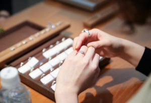 【加古川市】婚約指輪、ピンクダイヤが目を惹くおすすめブランド♡