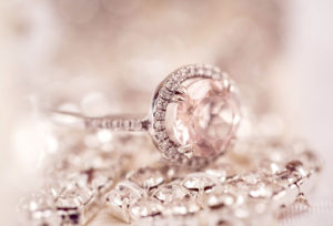【神奈川県横浜市】ダイヤリングから婚約指輪とネックレスへ!ジュエリーリフォームが話題のワケ