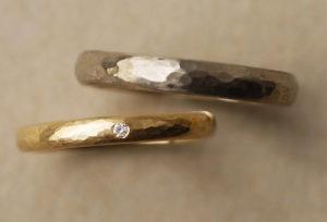 【金沢市】結婚指輪のつや消し(マット)加工にも、いくつか種類がある事を知っていますか?