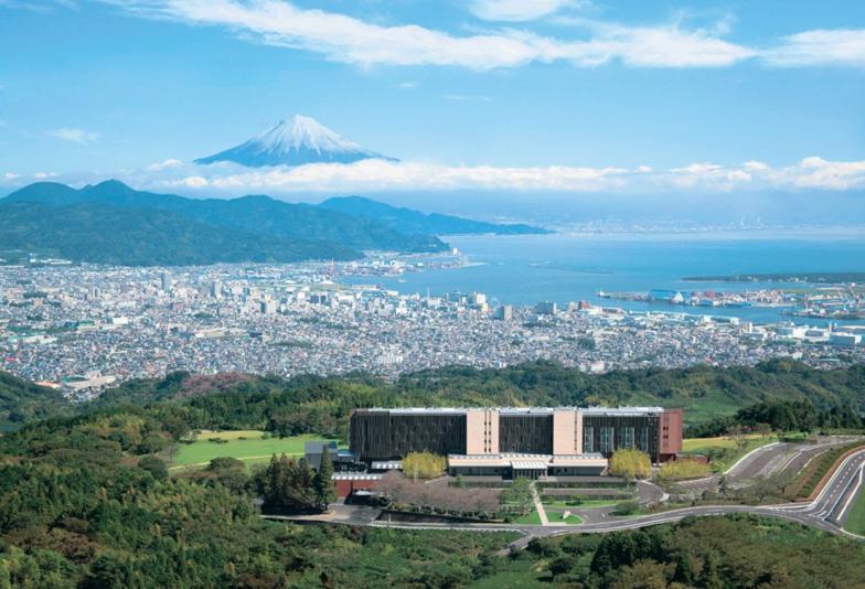 【静岡市】ガーデンウエディングもできる日本平ホテル