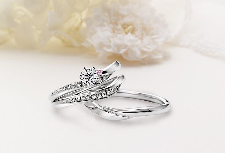 【新潟市】プロ直伝!婚約指輪・結婚指輪の重ね付けを美しく見せるための3つの秘訣