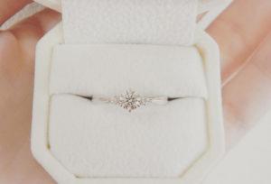 【大阪・梅田】プロポーズになぜ婚約指輪を用意する?