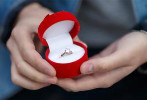 【石川県】小松市 [婚約指輪]サプライズしたいけど、リングのサイズがわからない時は?