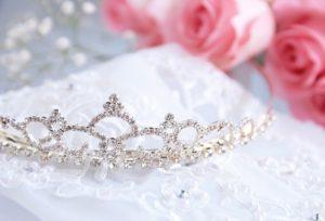 【石川県】小松市 [婚約指輪・結婚指輪]白く上品で高貴な輝き『ロイヤル・アッシャー』