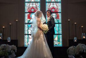 【浜松市】ステンドガラスが幻想的なチャペル フロレスタヴェーラ教会のあるKURETAKESOとは?