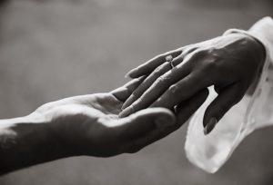 【新潟市】婚約指輪ダイヤモンド以外って何があるの?