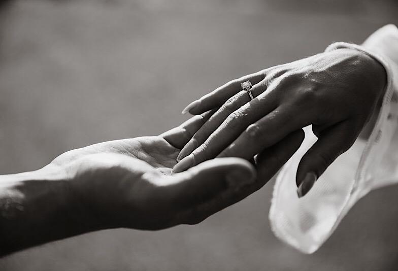 【神奈川県横浜市】プロポーズプランを考える!婚約指輪と何を準備すればいい?