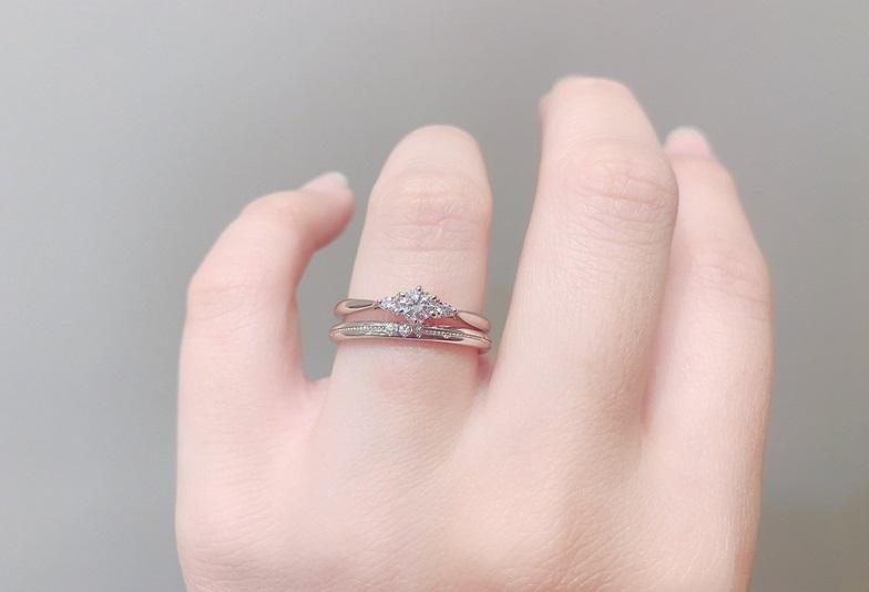 バラの花モチーフの美女と野獣の婚約指輪大阪梅田正規取扱店はgarden梅田