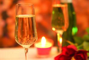 【静岡市】クリスマスに間に合う婚約指輪を探せ!サイズ・金額・ダイヤモンド…プロポーズに欠かせないアイテムを今準備するメリット